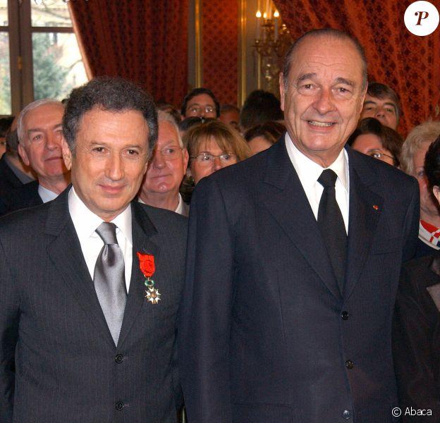 Michel Drucker et Jacques Chirac en 2004 © Serge Arnal/ABACA