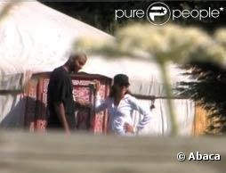 Eva Longoria et Tony Parker passent leur week-end dans une yourte. 4 et 5 juillet 2009
