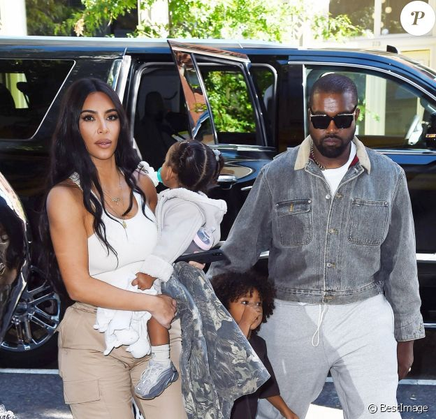 Kim Kardashian est allée assister avec ses enfants Saint West, North West et Chicago West à la messe dominicale de son mari Kanye West à New York, le 29 septembre 2019
