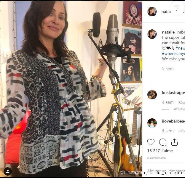 Natalie Imbruglia enceinte et en studio. Photo publiée sur Instagram le 3 septembre 2019.