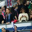 """Camille Cerf (Miss France 2015), Cartman, Maëva Coucke (Miss France 2018), Malika Ménard (Miss France 2010) - Tribunes lors du match de qualification pour l'Euro2020 """"France - Turquie (1-1)"""" au Stade de France. Saint-Denis, le 14 octobre 2019. ©Cyril Moreau/Bestimage"""
