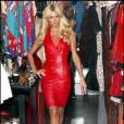 Paris Hilton en plein rituel shopping à Los Angeles