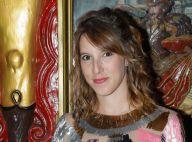 Léa François enceinte : Baby bump en avant, elle ose une robe moulante