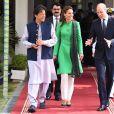 Kate Middleton, duchesse de Cambridge, le prince William, duc de Cambridge, Imran Khan, premier ministre du Pakistan - Le duc et la duchesse de Cambridge lors d'une visite chez le premier ministre du Pakistan à Islamabad le 15 octobre 2019.