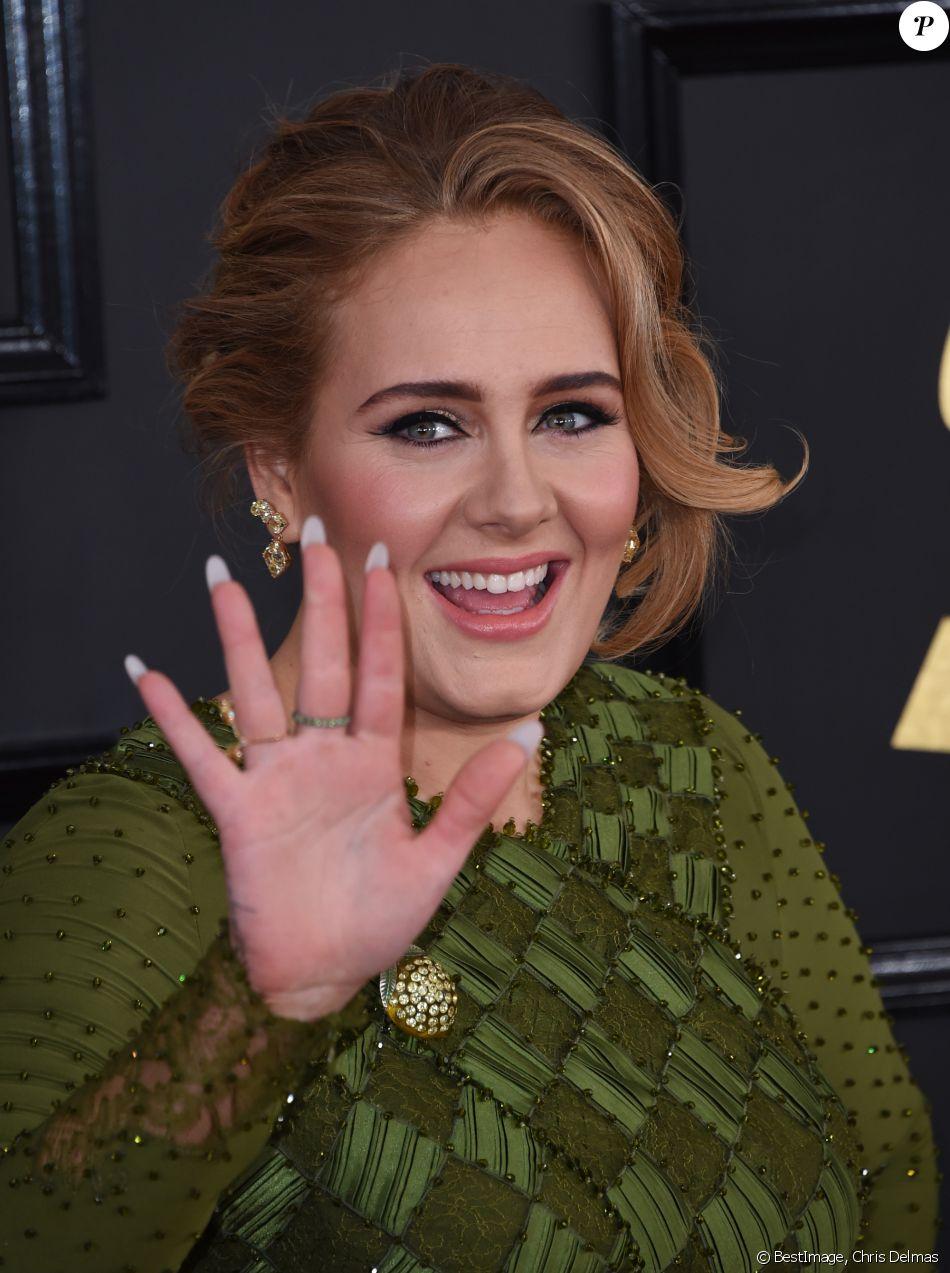 La chanteuse Adèle a révélé qu'elle était désormais une femme mariée lors de la cérémonie des Grammy Awards 2017 au théâtre Microsoft à Los Angeles, le 12 février 2017 © Chris Delmas/Bestimage