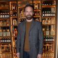 """Alban Lenoir lors de la soirée de lancement de """"Coca-Cola Signature Mixers"""", une nouvelle gamme de boissons conçue pour la préparation des cocktails. Paris, le 7 novembre 2019. © Ramsamy Veeren/Bestimage"""