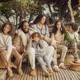 Ziggy Marley, fils de Bob Marley, son épouse Orly et leurs quatre enfants Judah Victoria, Gideon, Abraham Selassie et Isaiah Sion figurent sur la campagne de fin d'année de UGG. Photo par Danielle Levitt.