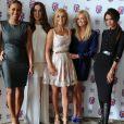 """Mel B, Mel C, Geri Halliwell, Emma Bunton et Victoria Beckham lors de la présentation de la comédie musicale """"Viva Forever"""" inspirée par les Spice Girls, à Londres le 26 juin 2012."""
