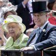 La reine Elisabeth II et le prince Andrew, duc d'York - La famille royale d'Angleterre lors du Royal Ascot, jour 5. Le 22 juin 2019 22 June 2019.
