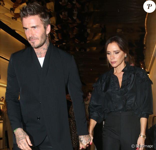 David Beckham et sa femme Victoria Beckham quittent la fête du 275ème anniversaire de Sotheby's à Londres, Royaume Uni, le 30 septembre 2019.