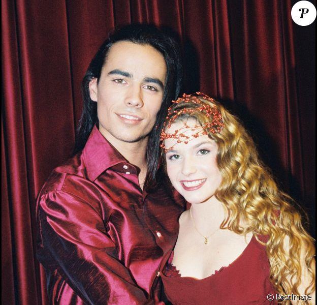 """Archives - Damien Sargue et Cécilia Cara à la soirée """"Roméo et Juliette"""" à Paris. Le 16 novembre 2000."""