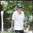 Ellen Pompeo, enceinte, et son mari, se baladent dans les collines de Los Angeles. Juillet 2009