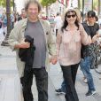 """Anna Karina et son mari Dennis Berry lors de la projection du film """"Pierrot le Fou"""" lors du 4e Champs Elysées Film Festival à Paris le 13 juin 2015"""