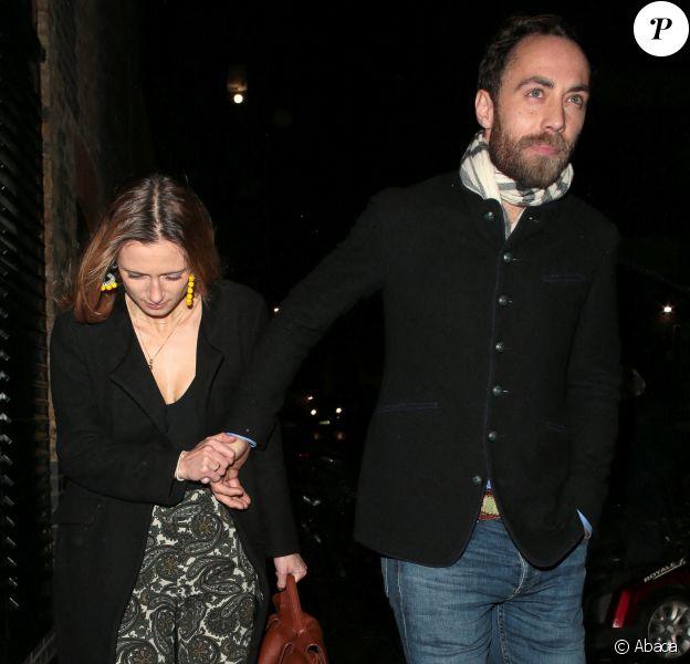 James Middleton et sa fiancée Alizée Thevenet à la soirée célébrant les fiançailles de la princesse Beatrice et Edoardo Mapelli Mozzi à Londres, le 18 décembre 2019.