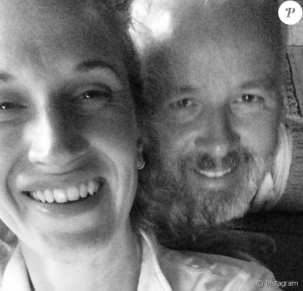 Ari Behn avec sa dernière compagne, Ebba Rysst Heilmann, selfie publié sur Instagram par cette dernière avec un message d'adieu suite au suicide de l'écrivain norvégien le 25 décembre 2019 à 47 ans.