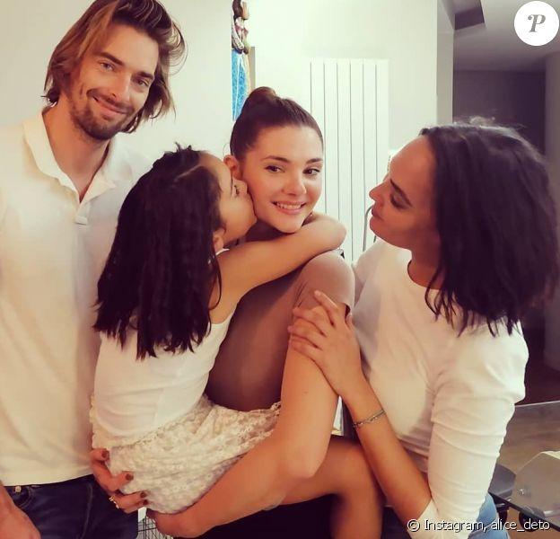 Camille Lacourt, Alice Detollenaere et Valérie Bègue réunis pour l'anniversaire de Jazz, qui a fêté ses 7 ans. Photo publiée sur Instagram le 21 octobre 2019.