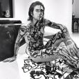Gabriel Kane, le fils d'Isabelle Adjani et Daniel Day-Lewis, pose en body painting pour l'artiste Cacho Falcón. Novembre 2019.