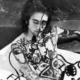 Gabriel Kane, modèle nu pour le body-painting de l'artiste Cacho Falcón. Novembre 2019.