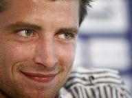 Cédric Carrasso : découvrez le nouveau beau gosse des Girondins... qui va faire de l'ombre à Yoann Gourcuff !