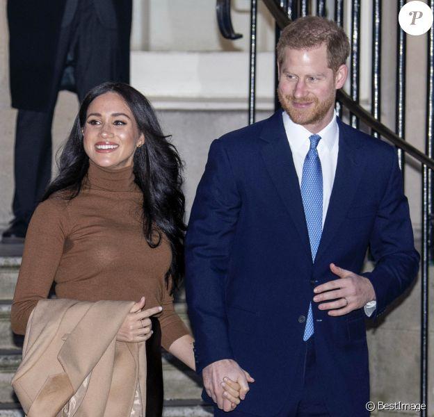 Le prince Harry, duc de Sussex, et Meghan Markle, duchesse de Sussex, en visite à la Canada House à Londres, le 7 janvier 2020, pour exprimer leur gratitude quant à l'hospitalité que le pays leur a témoignée.