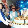 Michou fête ses 70 ans Chez Michou le 12/06/2001