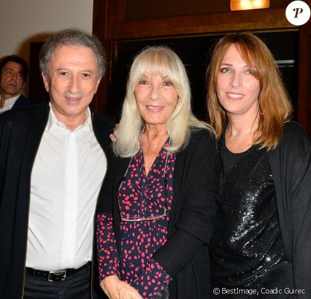 Michel Drucker avec sa femme Dany Saval et sa fille Stéphanie (Stéfanie) Jarre - Inauguration du théâtre de la Tour Eiffel à Paris le 16 octobre 2017. © Coadic Guirec/Bestimage