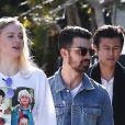 Exclusif - Joe Jonas et Sophie Turner se promènent dans les rues de Los Angeles, le 19 janvier 2017. En février 2020, il est révélé que le couple attend son premier enfant.