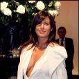 Elisabetta Canali prouve que Big George a vraiment très bon goût en matière de femme !