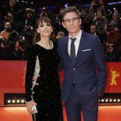 Bérénice Béjo : Sublime à la Berlinale, avec son mari et Sigourney Weaver
