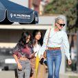 """Exclusif - De retour à Los Angeles, Laeticia Hallyday et ses filles Jade et Joy sont allées faire des courses au """"Seafood Market & Cafe"""" de Santa Monica, le 12 janvier 2020."""
