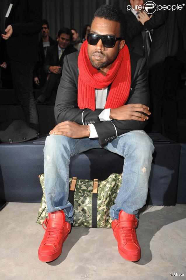 chanteur Kanye West a dessiné une collection de baskets pour