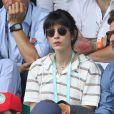 Nolwenn Leroy et son compagnon Arnaud Clément dans les tribunes des Internationaux de France de Tennis de Roland Garros à Paris, le 10 juin 2018. © Dominique Jacovides