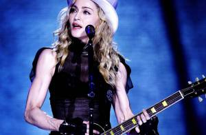 Madonna : 80 000 fans lui ont offert son cadeau d'anniversaire ! Séquence émotion, regardez...