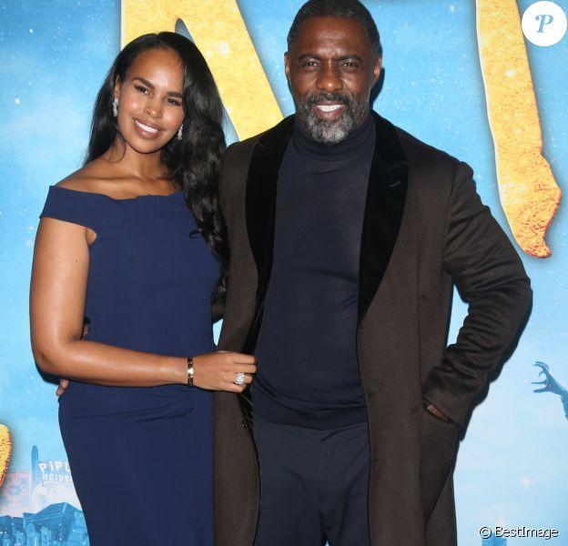 Idris Elba et sa femme Sabrina Dhowre Elba lors du photocall de la première mondiale de Cats au Alice Tully Hall à New York le 16 décembre 2019.