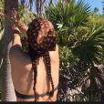 Thalia Bessson, la fille de Luc Besson, s'expose en bikini et annonce avoir pris le large sur Instagram le 17 mars 2020.