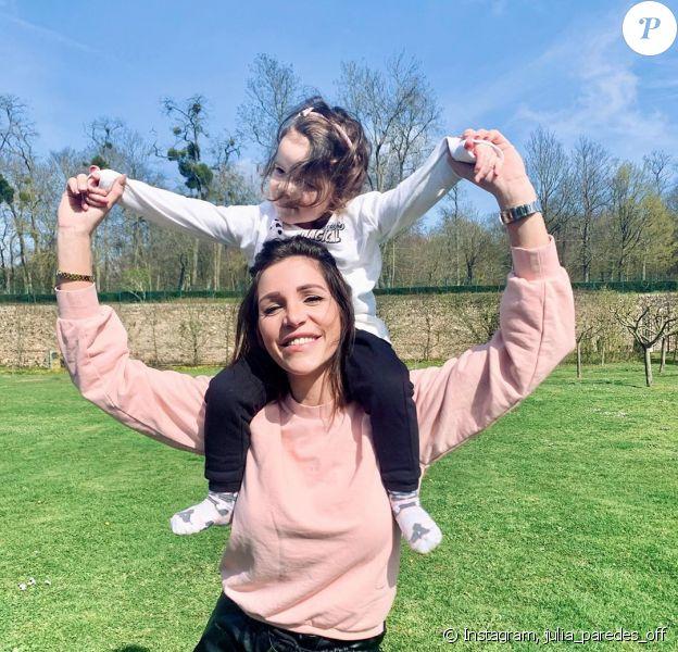 Julia Paredes avec sa fille Luna, sur Instagram, le 20 mars 2020