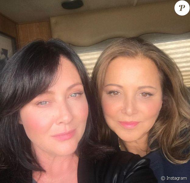Shannen Doherty rend hommage à sa meilleure amie et styliste Deborah Waknin-Harwin, le 23 mars 2020.