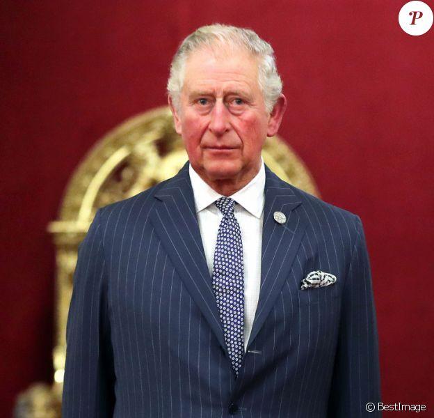 Le prince Charles, prince de Galles, Camilla Parker Bowles, duchesse de Cornouailles, Lors de la remise des Prix Anniversaire de la Reine pour Higher and Further Education à Buckingham Palace, Londres. Le 20 février 2020.