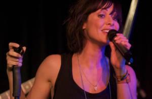 Natalie Imbruglia : une paire d'yeux bleus, une voix sublime, une petite robe noire... Et on craque !
