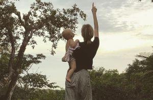 Diane Kruger moment complice avec sa fille de 17 mois malgré le confinement