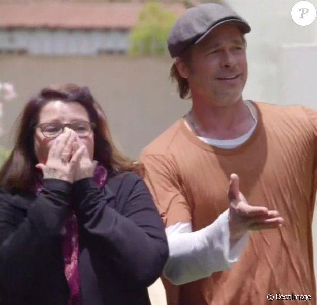"""Brad Pitt et son amie maquilleuse Jean Black dans l'émission de télévision américaine """"Celebrity IOU"""" diffusée le 13 avril 2020 sur HGTV."""