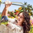 """Deva Cassel, la fille aînée de Monica Bellucci et Vincent Cassel, dans la deuxième campagne Dolce & Gabbana pour le parfum """"Shine"""", avril 2020."""