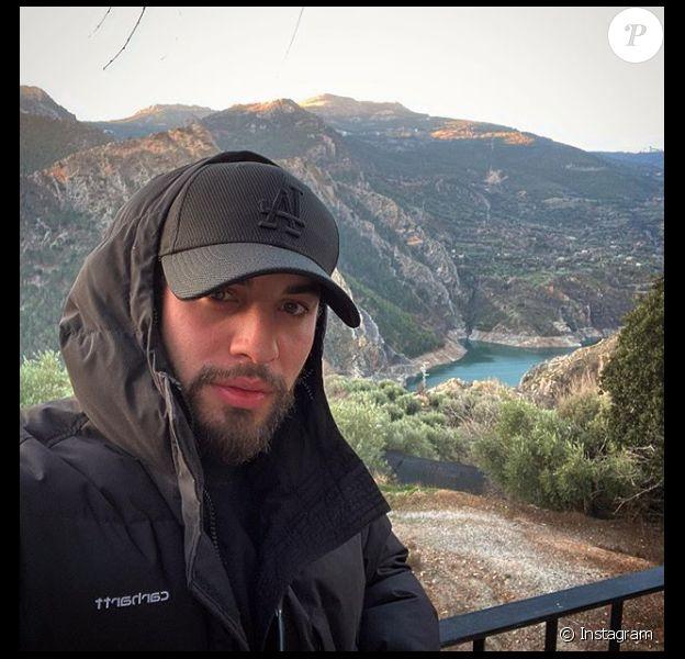"""Marwan Berreni (""""Plus belle la vie"""") a évoqué sa rupture avec Myra Tyliann dans un post Instagram publié le 22 avril 2020."""