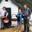 Justin Trudeau a passé le week-end de Pâques en famille dans sa résidence secondaire, au Québec. Avril 2020.