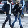 Exclusif - Kate Hudson, son compagnon Danny Fujikawa et leur fille Rani Rose ont été aperçus en train de faire du shopping à Aspen dans le Colorado, le 24 décembre 2019.