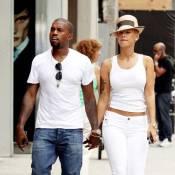 Kanye West : tellement jaloux qu'il cache sa superbe girlfriend Amber Rose... sous un chapeau !