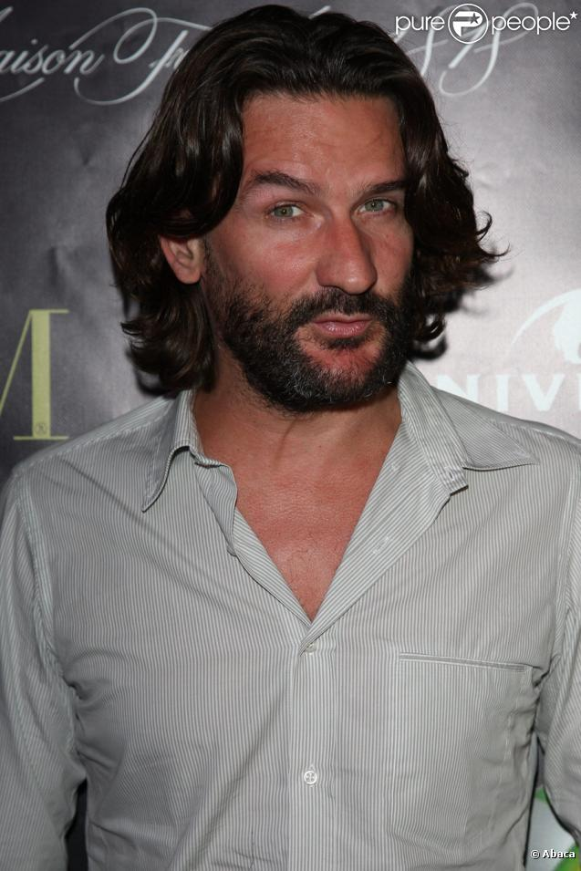 how tall is frederic beigbeder
