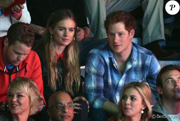 "Le prince Harry d'Angleterre et sa compagne Cressida Bonas au ""We Day UK"" au Wembley Arena à Londres, le 7 mars 2014."