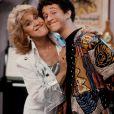 """Dustin Diamond et Ruth Buzzi - Film publicitaire tiré de """"Sauvés par le gong""""."""