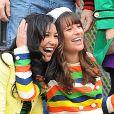 "Lea Michele et Naya Rivera sur le tournage de ""Glee"" à New York. Le 29 avril 2011. @Humberto Carreno/Startraks/ABACAPRESS.COM"